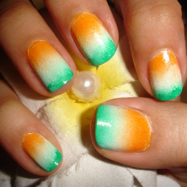 Indian-Flag-Ombre-Design-Nail-Art