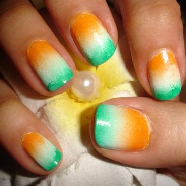 Indian-Flag-Ombre-Design-Nail-Art